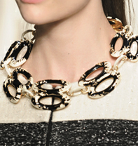 ON TREND: COLLAR ME CRAZY