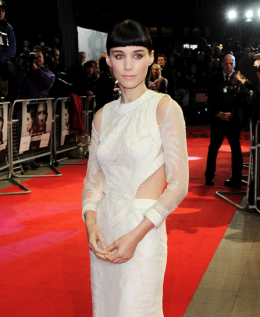 RED CARPET STYLE: ROONEY MARA