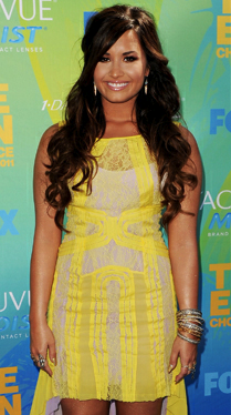 RED CARPET RECAP: TEEN CHOICE AWARDS